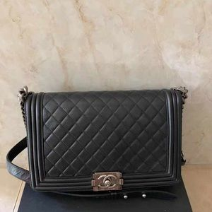 Chanel new medium leboy